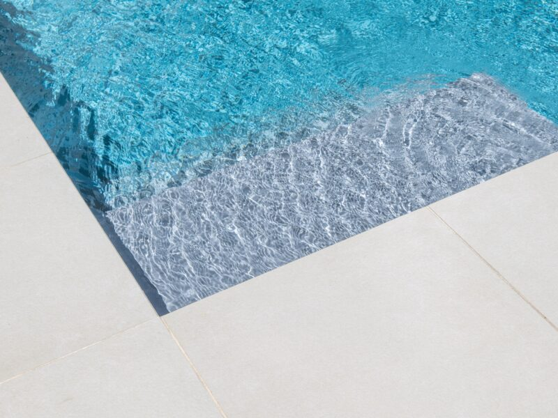 Detail zwembad Dessel
